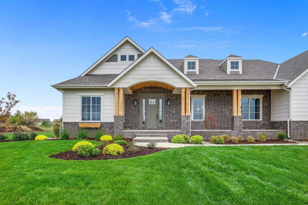 Magnolia Floor Plan Front of Home