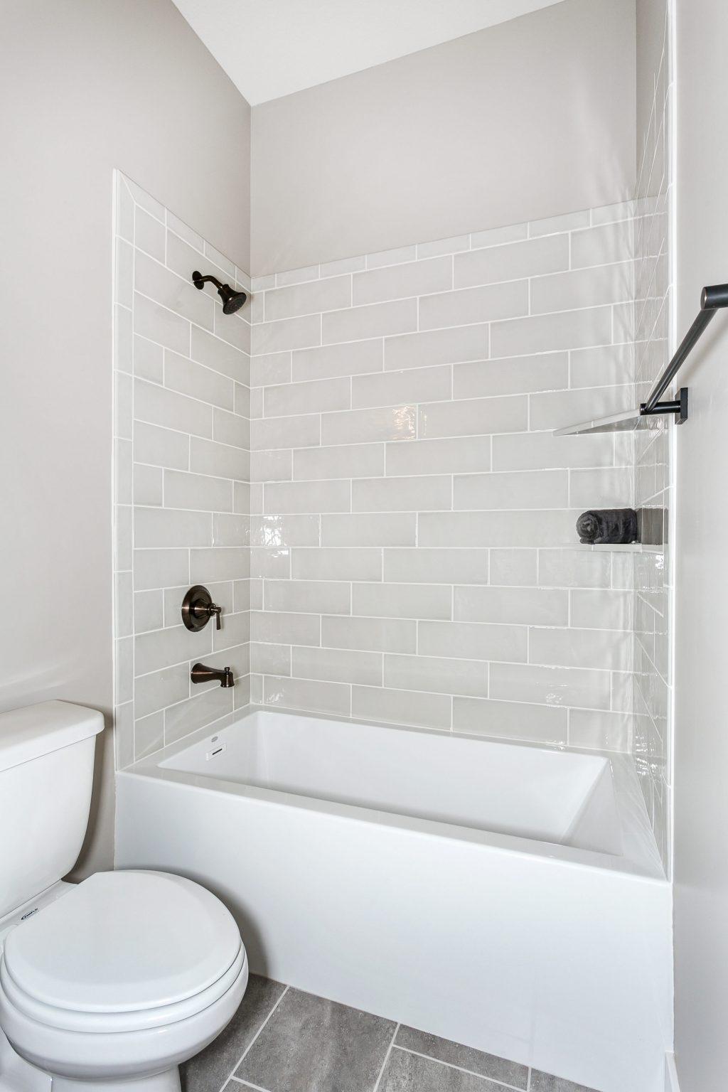 Magnolia Floor Plan Bathroom 2