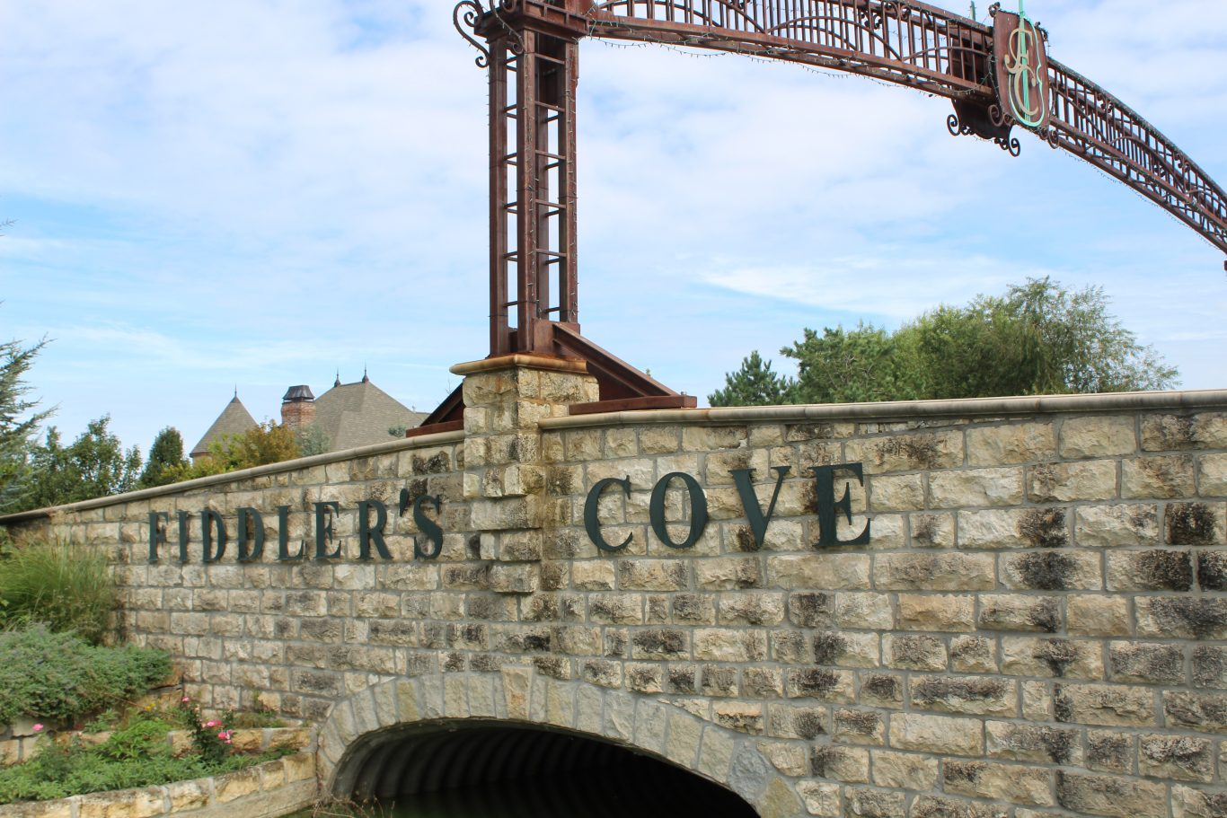 Fiddlers Cove New Home Community Entry Wichita