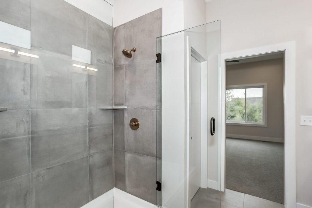 Mandalay Prairie Style Master Shower