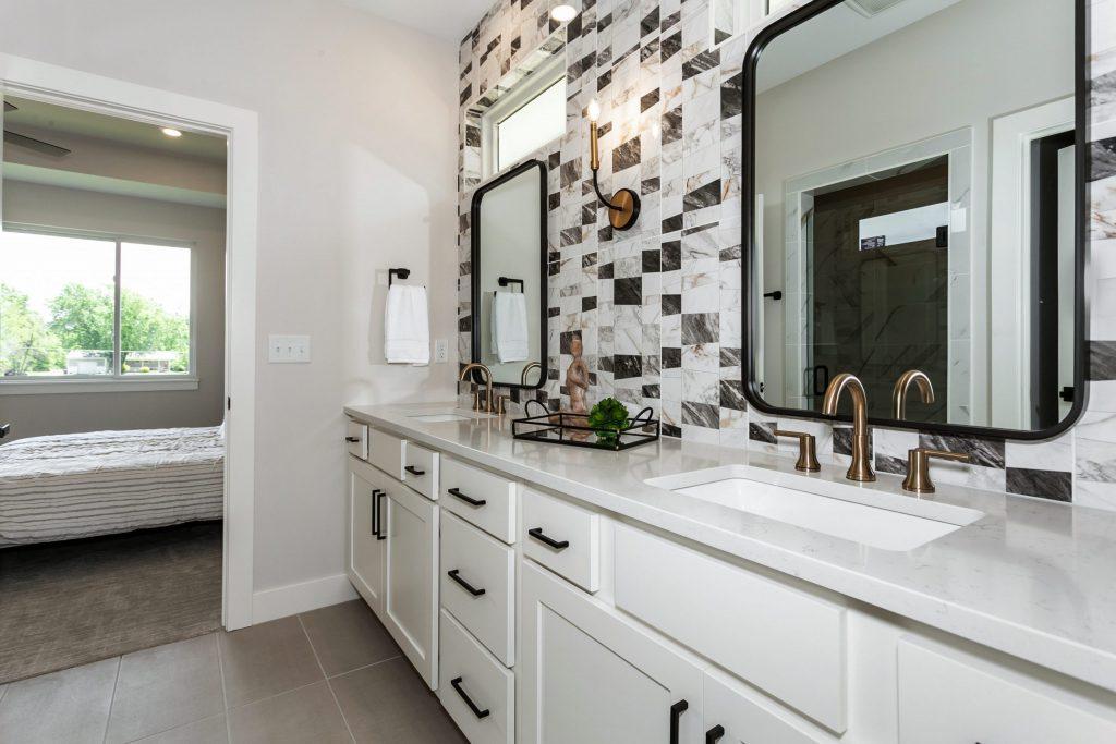 Summerset Terrace Prairie Master Bath and Bedroom