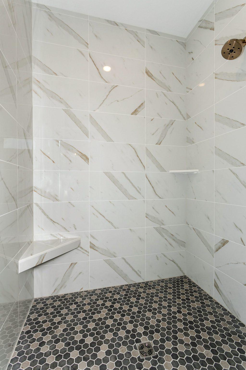 Summerset Terrace Prairie Master Shower