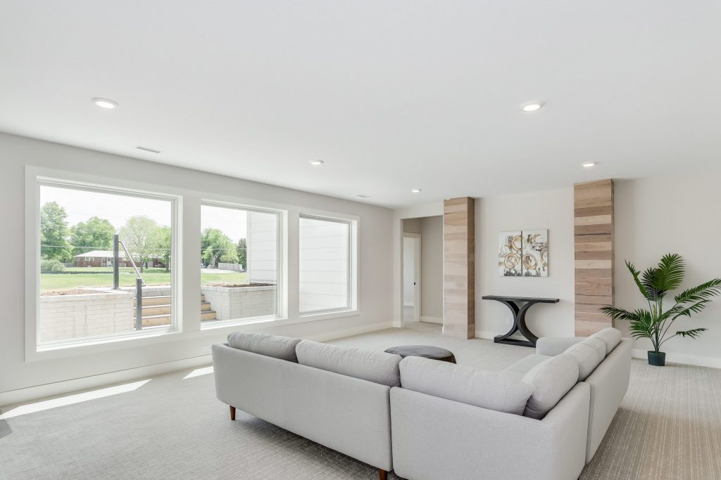 Summerset Terrace Prairie Family Room Accent Wall