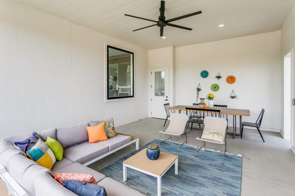 Summerset Terrace Prairie Covered Porch