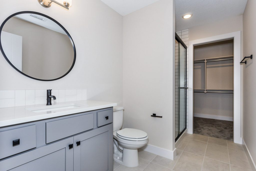 Mandalay 1.5 Story Bathroom
