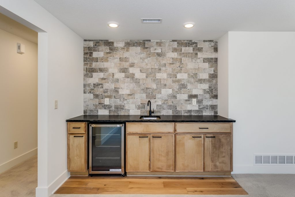 Kennedy Floor Plan Wet Bar