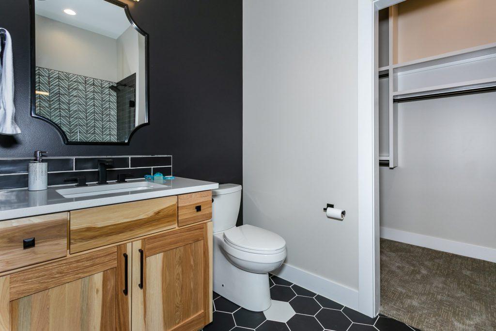 Summerset Estate Bathroom