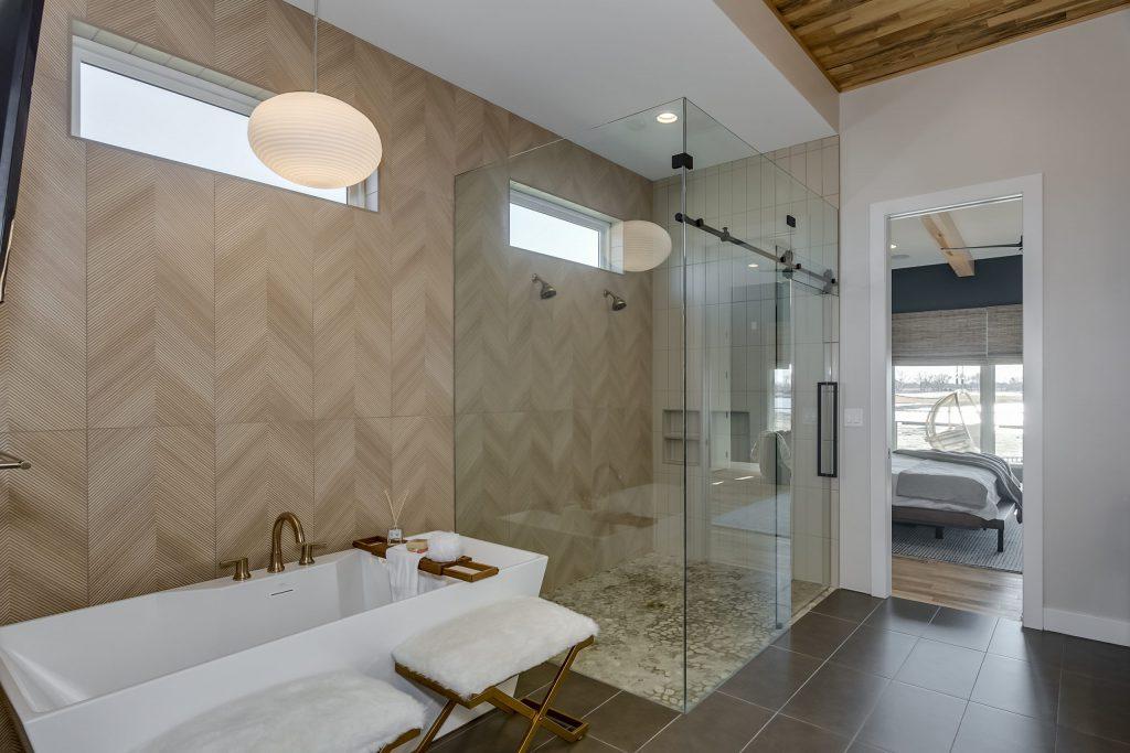 Summerset Estate Master Bath