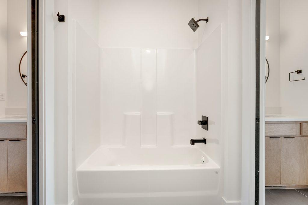Gunnison Floor Plan Shower