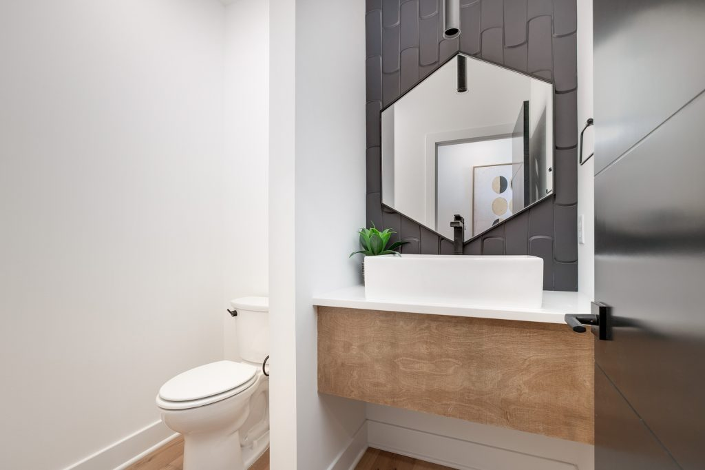 Gunnison Floor Plan Half Bath