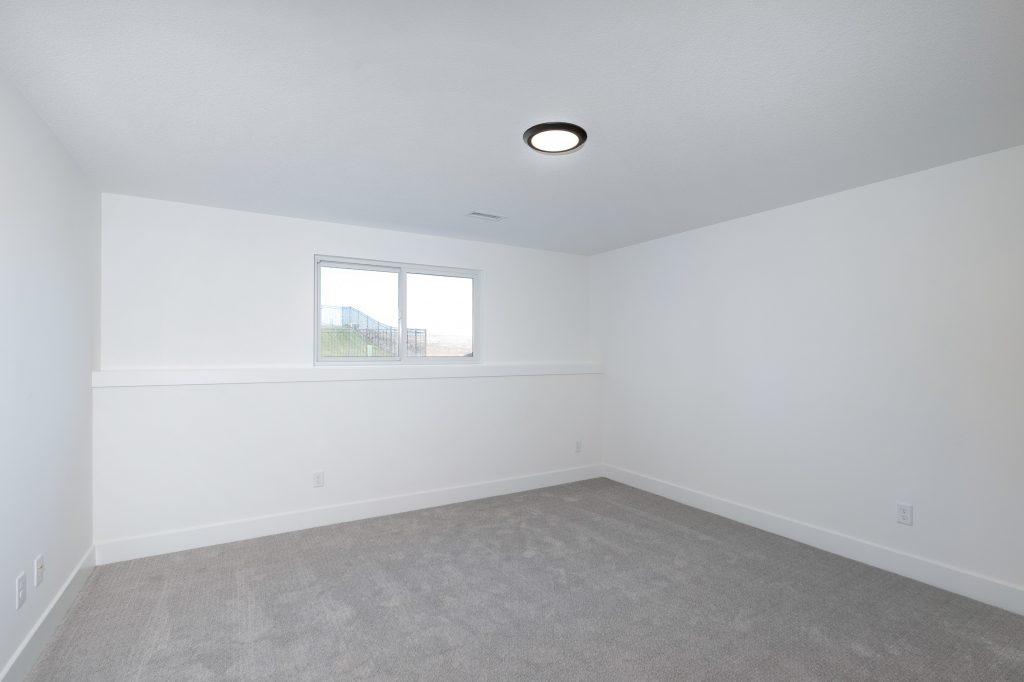 Gunnison Floor Plan Lower Level Bedroom Viewout