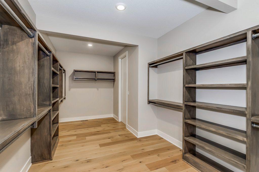 Mandalay Bonus (Large) Floor Plan Master Closet