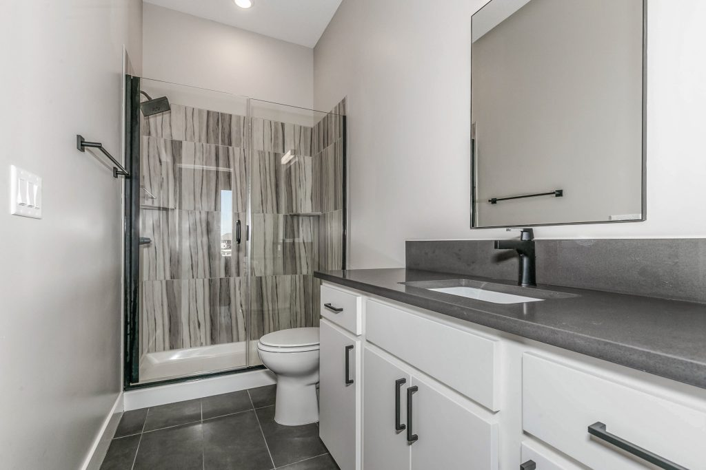 Mandalay Bonus (Large) Floor Plan Bathroom 2