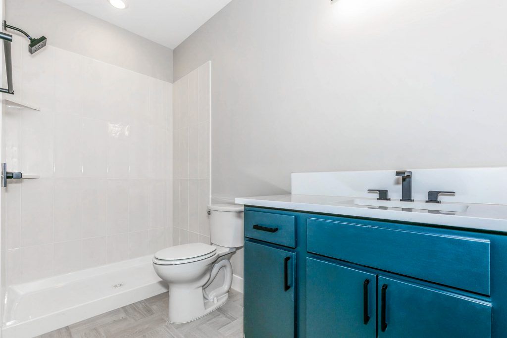 Mandalay Bonus (Large) Floor Plan Bathroom