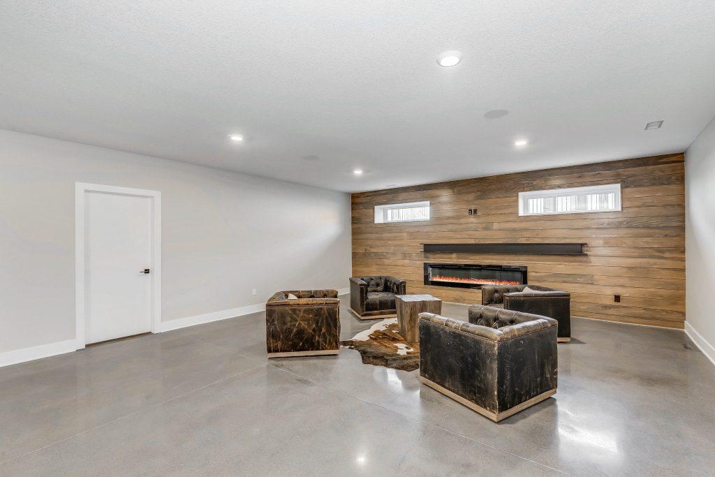 Mandalay Bonus (Large) Floor Plan Lower Entertainment Area